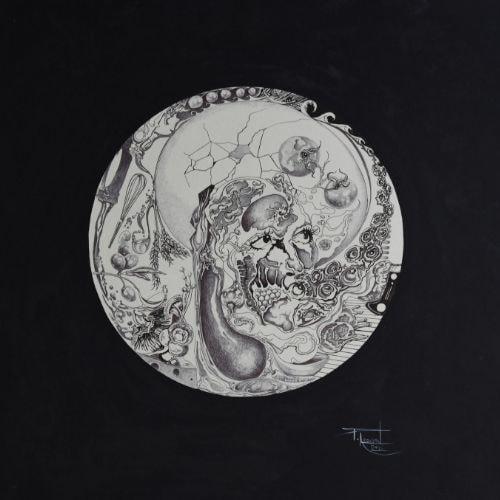 circular greyscale drawing skull eyes